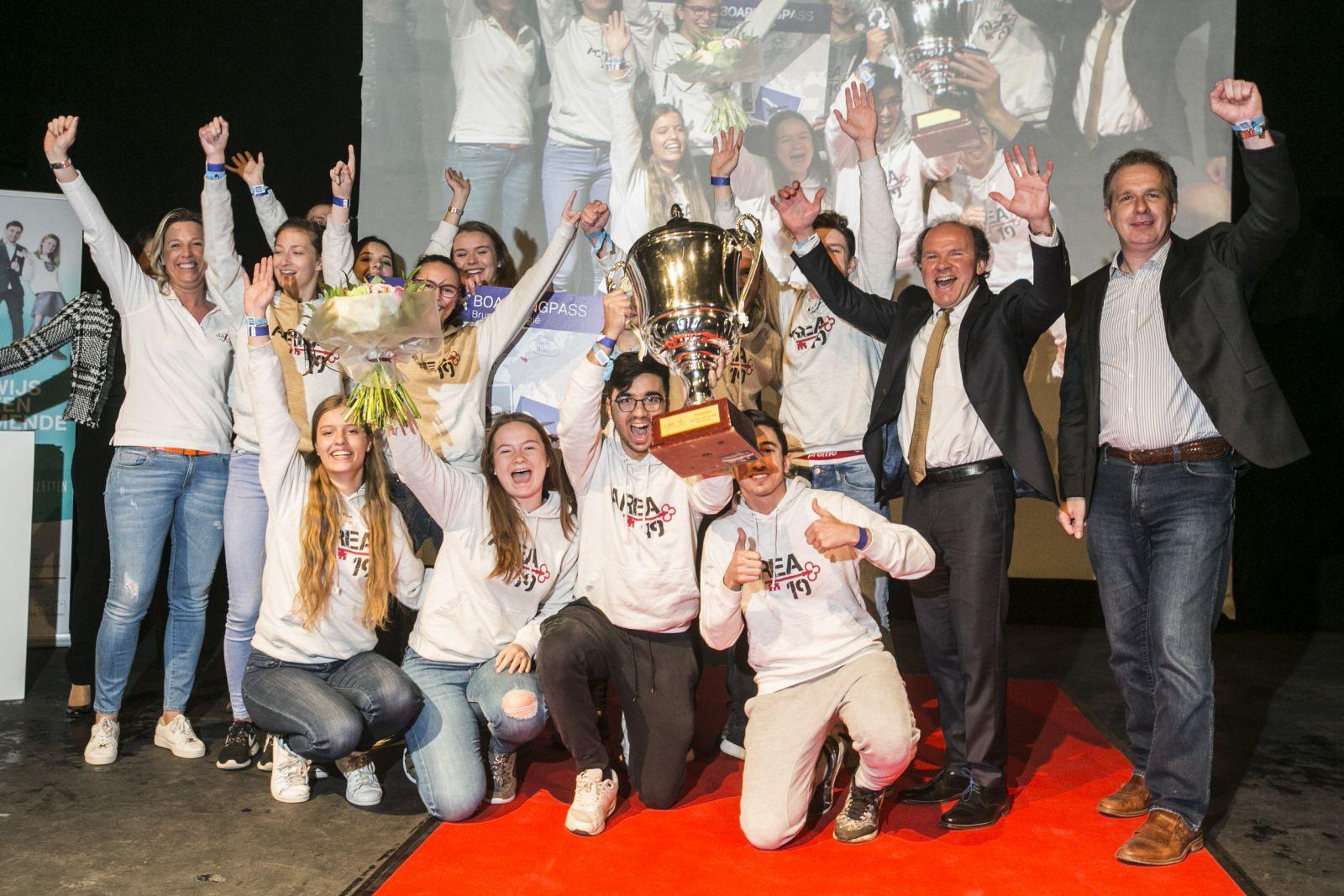 Minister Muyters reikt prijzen uit aan de beste studentenondernemingen van 2017