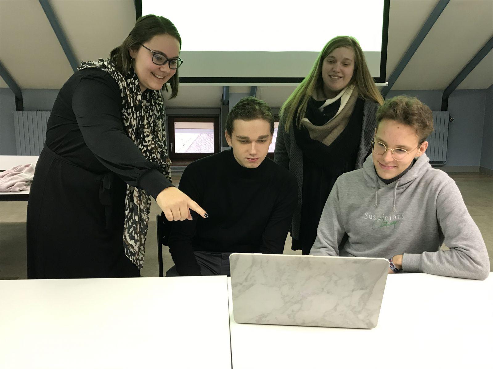 Studenten Howest lanceren adviesbureau voor student-ondernemers