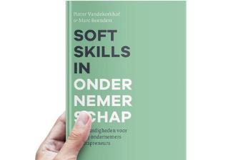 Twee Vlajo-docenten schrijven boek over 'Soft skills in ondernemerschap'